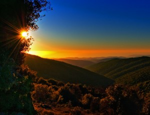 nature-sunrise-mountains